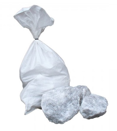 Kusová sůl k lizu pro ovce, kozy, koně, dobytek a zvěř 25 kg pytel