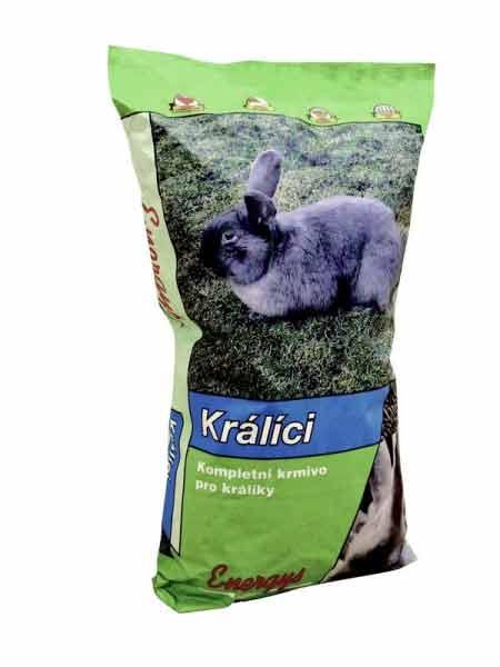 Vitamíny a krmiva pro králíky