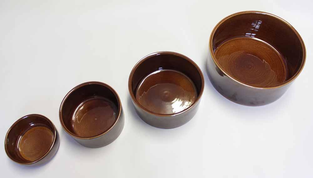 Keramická kameninová miska na krmivo různých objemů pro králíky, psy, kočky, ptactvo