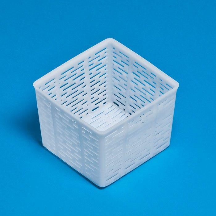 Forma na kozí sýr, ricottu, máslo a tvaroh FA 17 hranatá čtvercová 11 x 10,5 cm 500 g