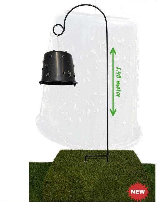 Držák kbelíku nebo míče pro lapač na ovády Sticky Trap