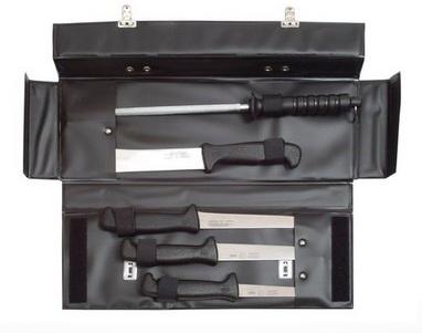 Sada řeznických nožů vhodná pro zabijačky – kufřík