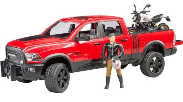 Bruder – Dodge RAM 2500 Power Wagon s motorkou Ducati Scrambler Desert Sled