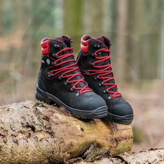e8c2ebcba62b Dřevorubecká kožená obuv FOREST TECH s ochranou proti proříznutí velikost 37