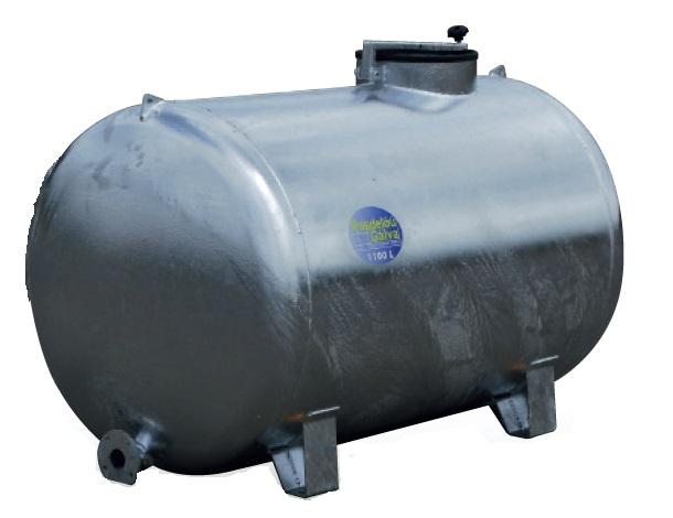 Cisterna na vodu zinkovaná na 4 patkách Pasdelou 2000 l