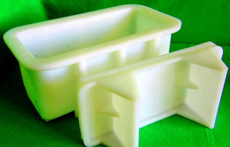 Forma na lisování sýra typu Eidam a Féta 1500/1800 g