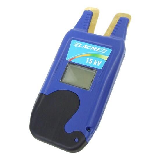 Digitální bezkontaktní tester pro měření napětí v elektrickém ohradníku